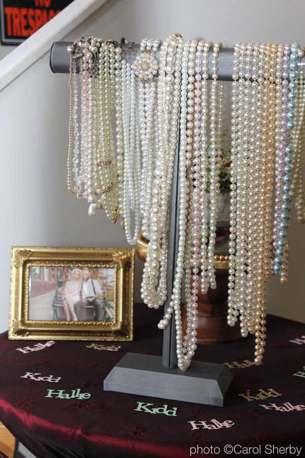 1950's vintage brunch pearls for the ladies